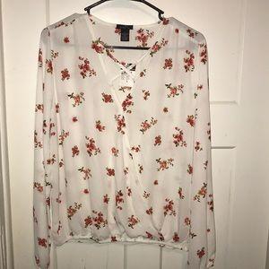 A long sleeve blouse.